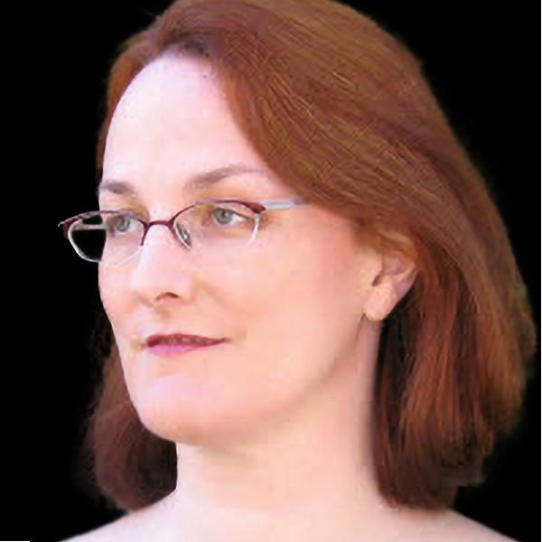 Portrait Photo of Kristen James Eberlein